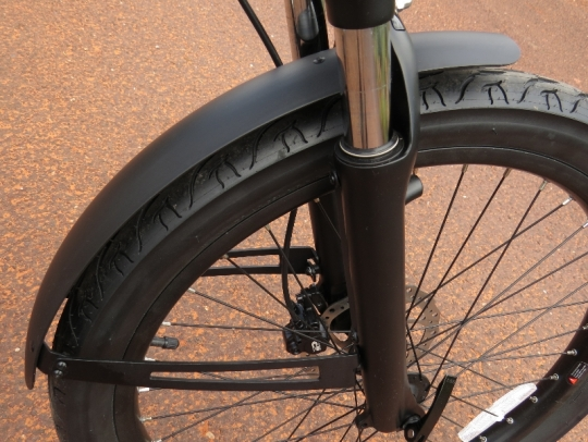 The tough looking front fender matches the look of the Alva + well.