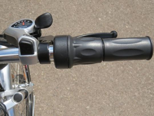 Cemoto-city-commuter-shifter-throttle
