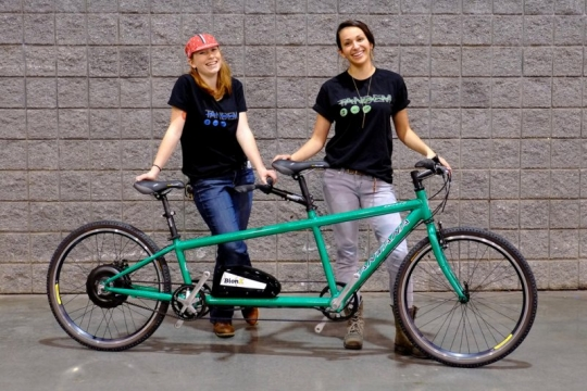 NAHBS-14_BionX_Santana_complete-with-two-ladies
