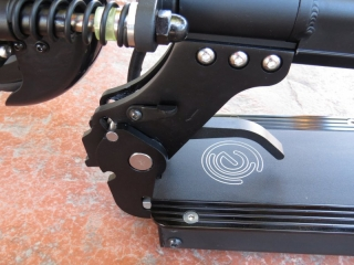 ecoreco-m3-electric-scooter-wheel-folded