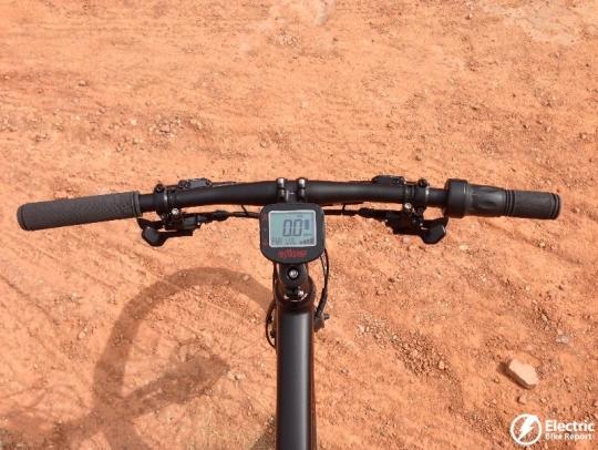 eflow-electric-bike-handlebar-controls