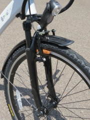 The Xoom suspension fork on the Ride helps smooth out rough roads.  The Tektro v-brakes slow this Ride down.