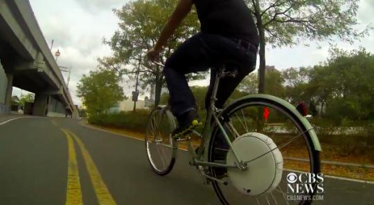 test-riding-flykly-smart-wheel