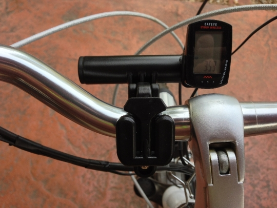 ibera-pb9-smartphone-case-handlebar-with-accessory-bar