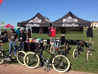 electra-electric-bikes-at-the-interbike-electric-bike-event