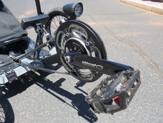 outrider-electric-trike-422-schlumpf-crank