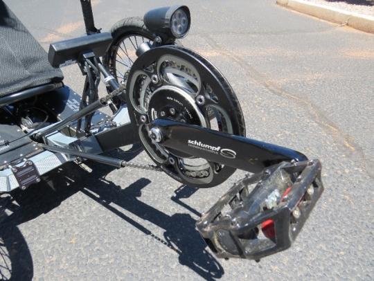 outrider-electric-trike-422-schlumpf-crank