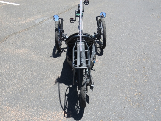outrider-electric-trike-422-view-from-back