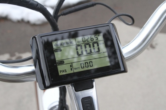 pedego-city-commuter-digital-display