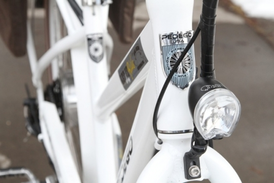 pedego-city-commuter-integrated-front-light