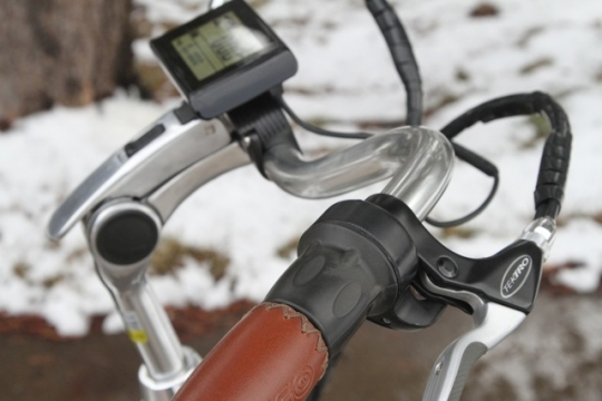 pedego-city-commuter-twist-throttle-option