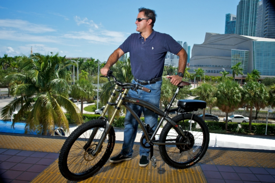 prodeco-outlaw-electric-bike-charcoal