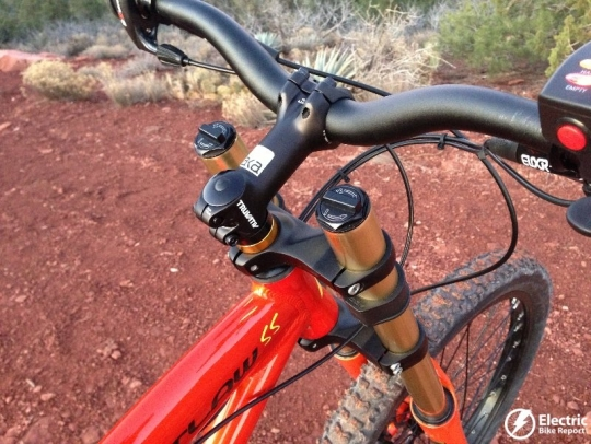 prodeco-outlaw-ss-double-crown-fork-at-headtube
