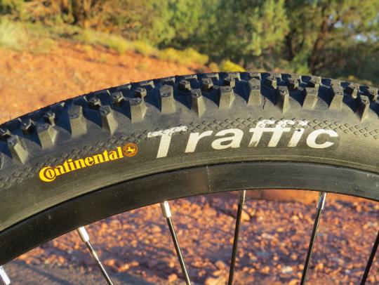 prodeco-phantom-x3-continential-traffic-tire