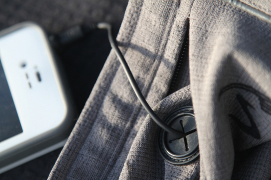 showers-pass-portland-jacket-phone