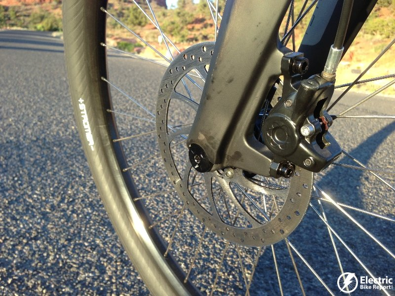 how to put on bike tire with hydrulic brakes