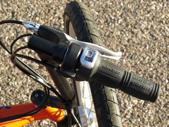 how to stop ebike battery shaking down tube