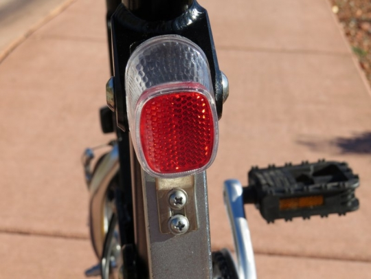 velomini-rear-light