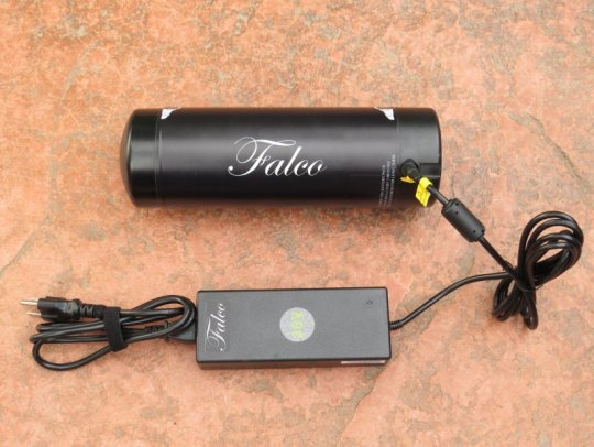falco-emotors-battery-charger