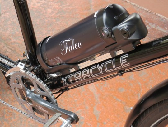 xtracycle-edgerunner-falco-emotors-battery-2