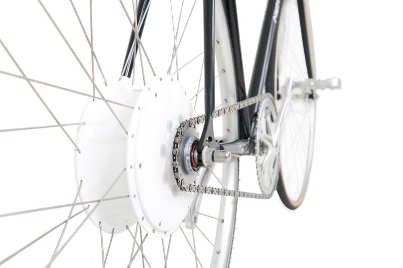 flykly smart wheel on bike
