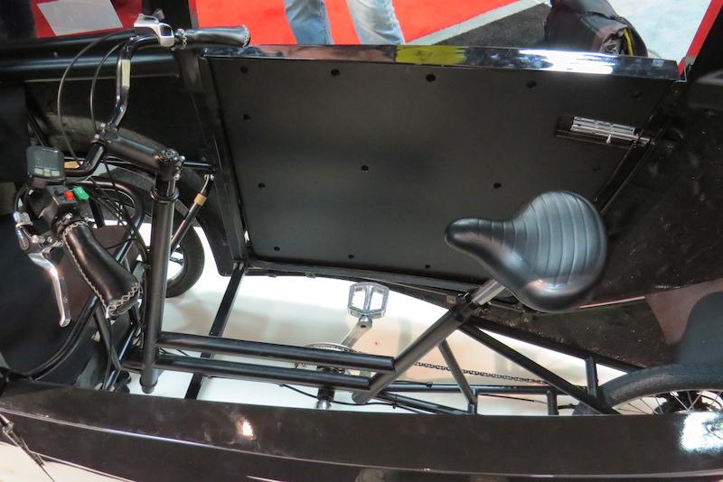 virtue pedalist electric trike interior
