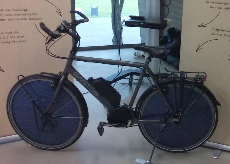 Holland napelemes elektromos kerékpár