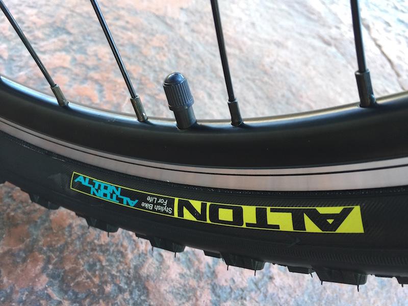 GenZe Sport electric bike rim