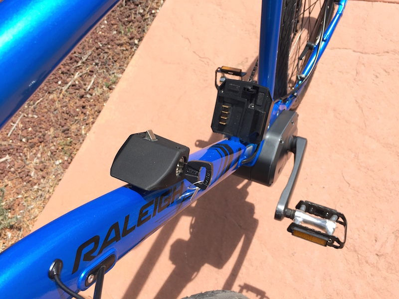 raleigh misceo electric battery removed
