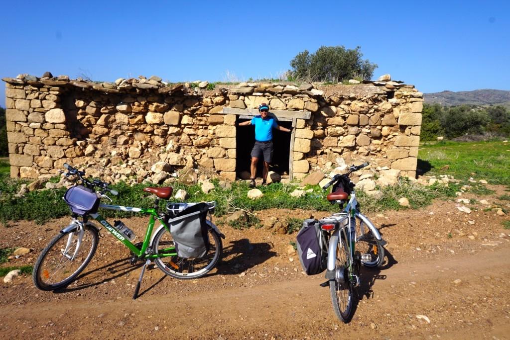 ebike cycle tourists 8