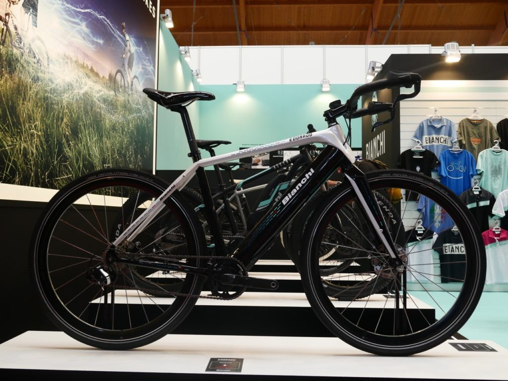 bianchi-electric-road-bike