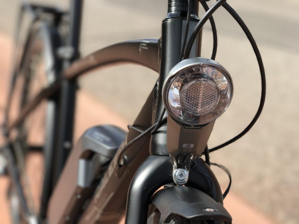 raleigh-misceo-ie-sport-electric-bike-light