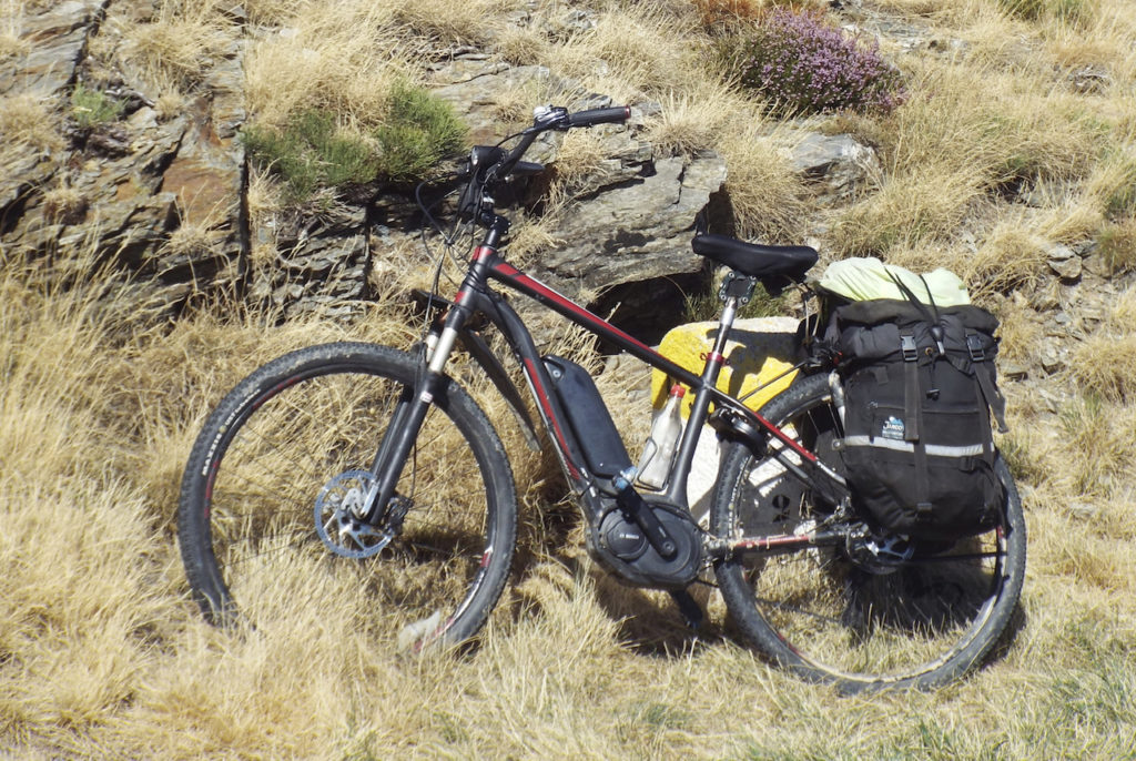 electric-mountiain-bike-touring