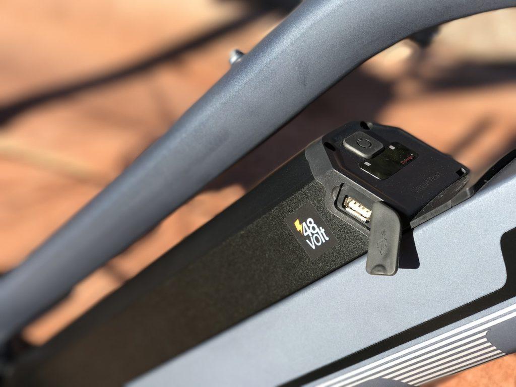 igo-explore-electric-bike-battery-usb