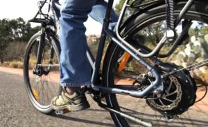 igo-explore-electric-bike-riding
