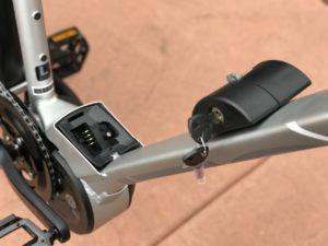 izip-e3-dash-electric-bike-battery-frame-mount