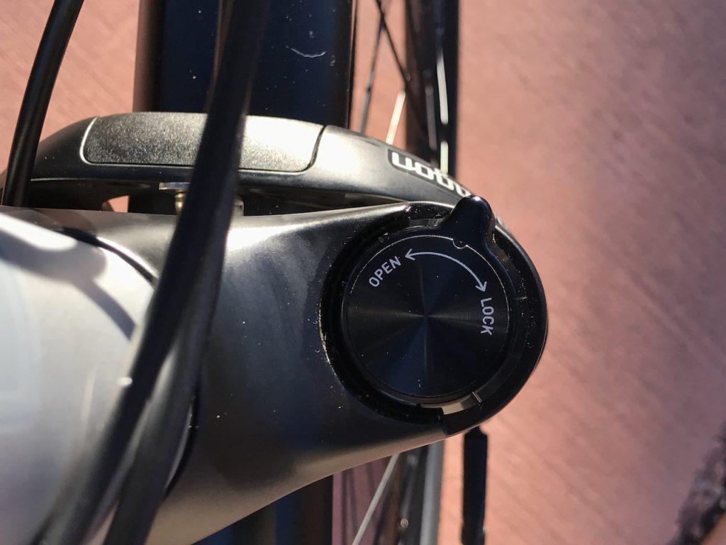 izip-e3-dash-electric-bike-fork-lockout