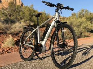 izip-e3-dash-electric-bike-hill