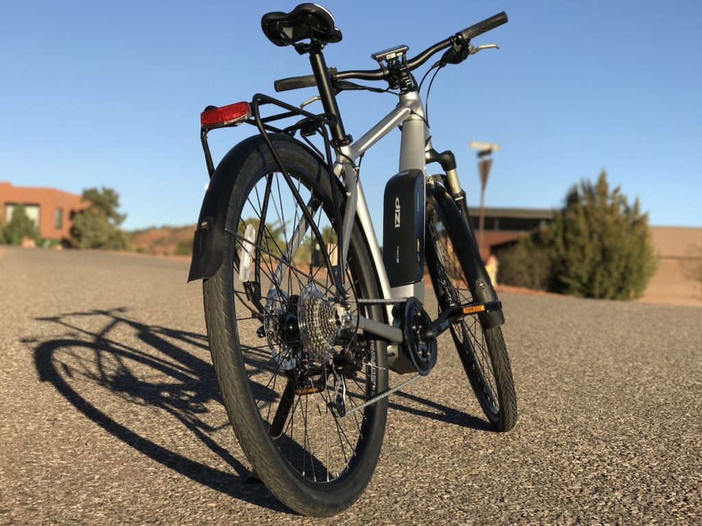 izip-e3-dash-electric-bike-hill-back