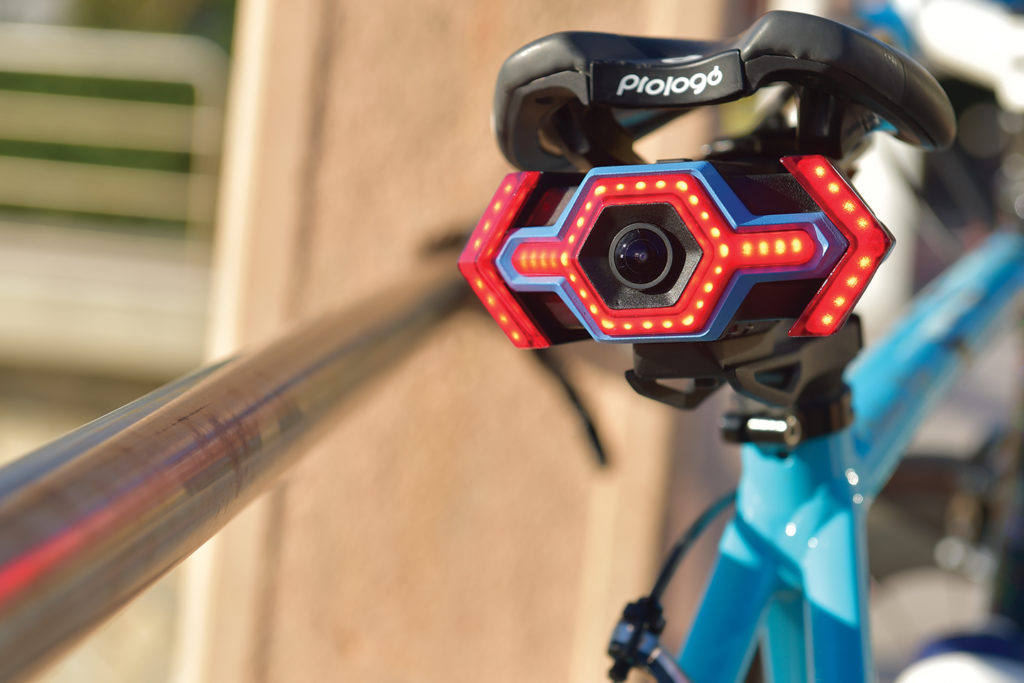Hexagon_hexagon-wireless-camera-safety-system-for-cyclists-crowdfunding-agency20_4