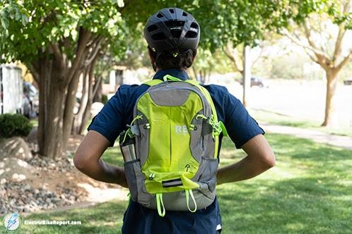Riderbag-reflektor-wearing-bag