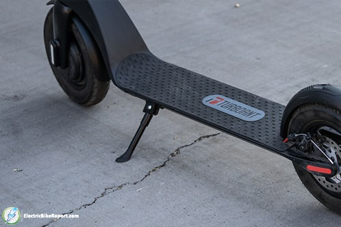TurboAnt-Scooter-Kickstand-2