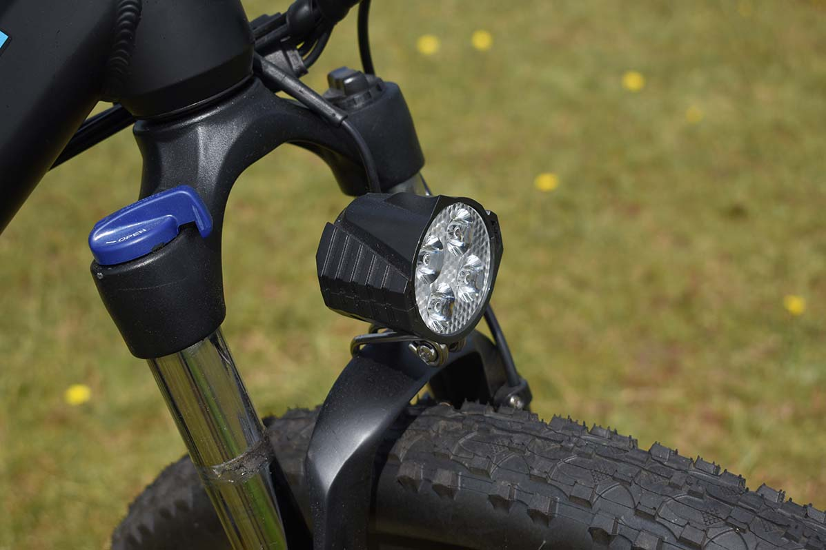 Powerful-front-LED-eskute-voyager-electric-bike-review