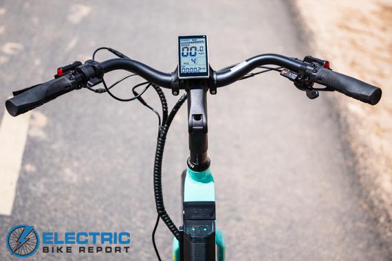 Aventon Pace 500 Step Through Electric Bike Review Cruiser Handlebar Cockpit
