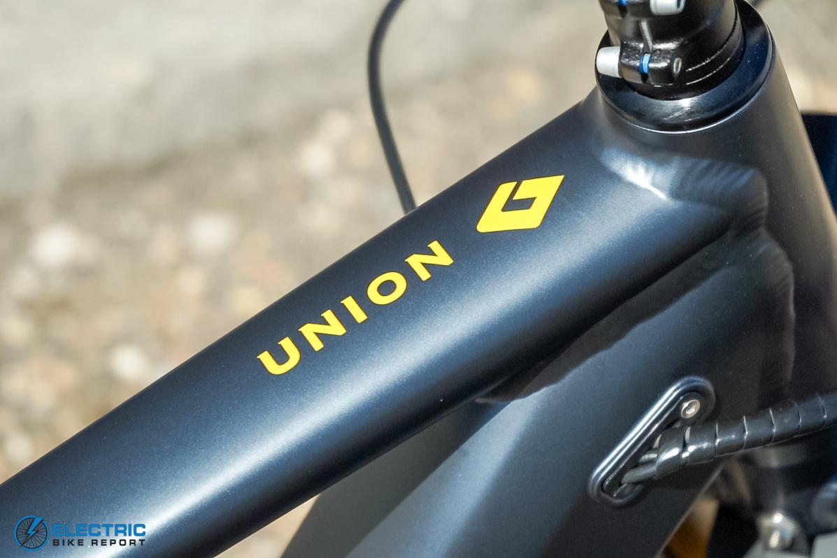 Diamondback Union 2 Review - Branding
