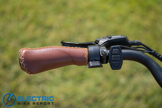 Euphree City Robin Electric Bike Review thumb throttle