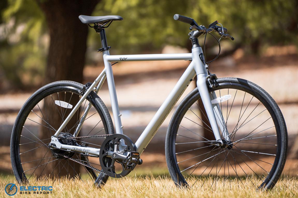 Ride1UP Roadster V2 זול - אופניים חשמליים טובים