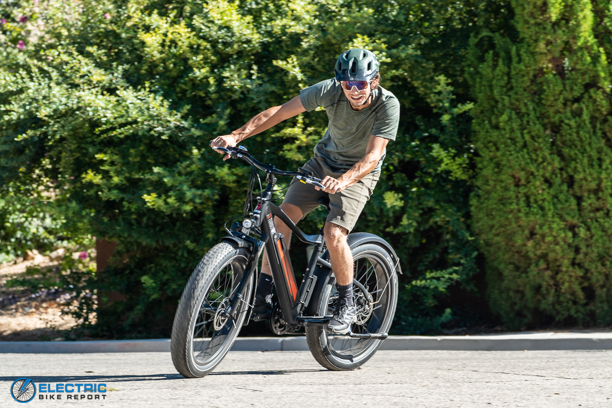 Turboant Thunder T1 Electric Bike Review Cornering