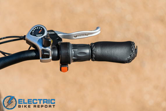 Turboant Thunder T1 Electric Bike Review Throttle